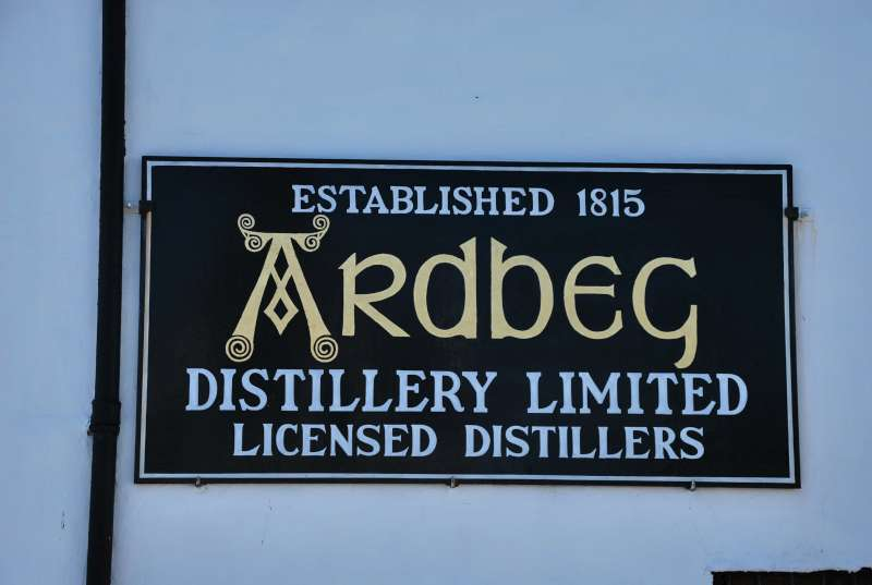 2-ardbeg-wall-sign
