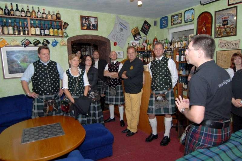 1-fuehrung-durch-das-whiskymuseum