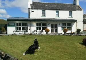 Ballygrant Inn mit Cuillin