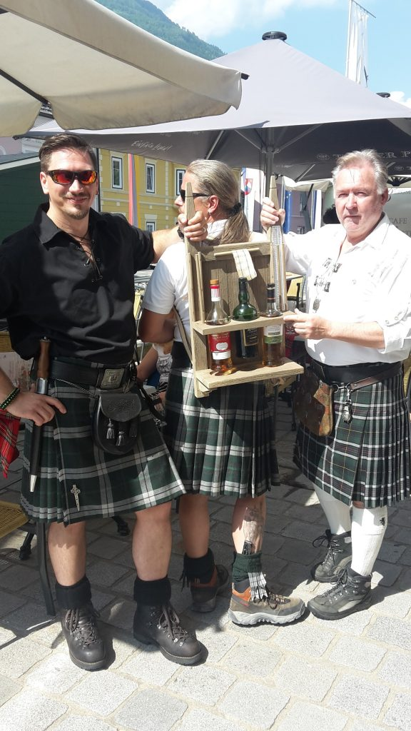 Mobiler Whiskystand